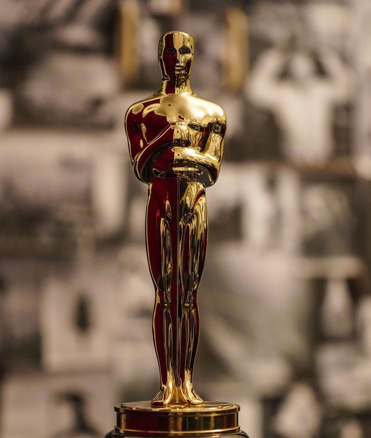 THE OSCAR GOES TO…